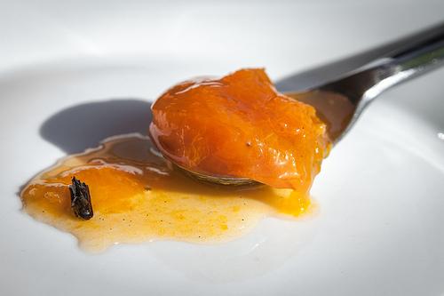 Confettura di albicocche alla vaniglia al microonde