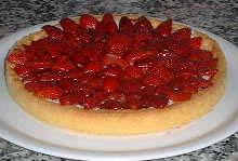 crostata di ricotta alle fragole e aceto balsamico tradizionale