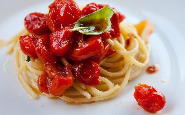 spaghetti al pomodoro alla don Alfonso