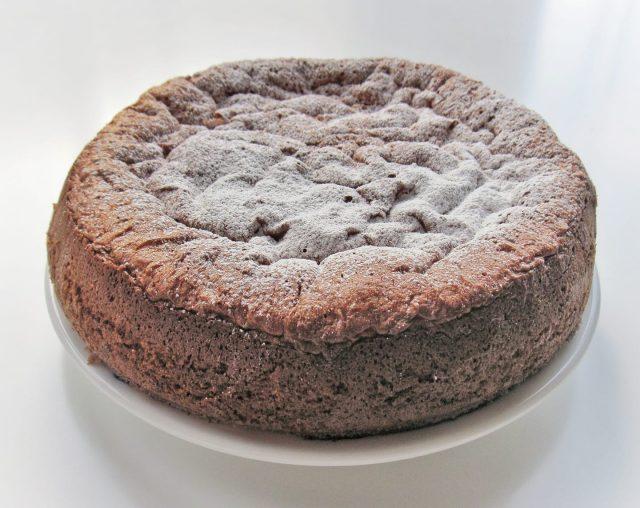 pan di spagna al cioccolato fondente